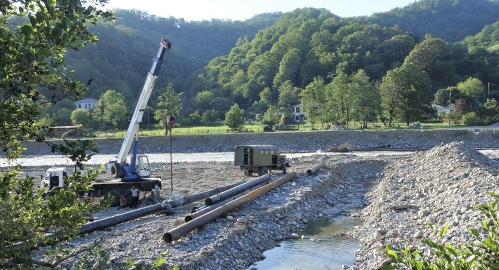 Продолжаются работы по восстановлению водовода на келасурской насосной станции