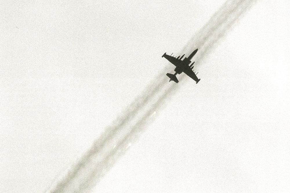 Мшаԥы 26 рзы Ақырҭуа арбџьармчқәа иртәыз аҳаирплан-жәылаҩ Су-25 Гәдоуҭа абомбақәа аланажьит. Аԥсны Аҳәынҭқарра Иреиҳаӡоу Ахеилак ари акциа ахәшьара аҭо, аҳәамҭа ҟанаҵеит Қырҭтәыла аиҳабыра ақырҭуа-аԥсуа еизыҟазаашьақәа рыпроблемақәа амч ахархәарала рыӡбара агәы ишҭац ишҭоу.