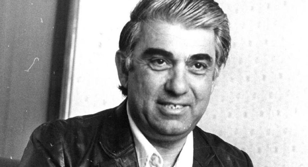 В 2012 году Шалодиа Аджинджал был удостоен звания Народный писатель Абхазии