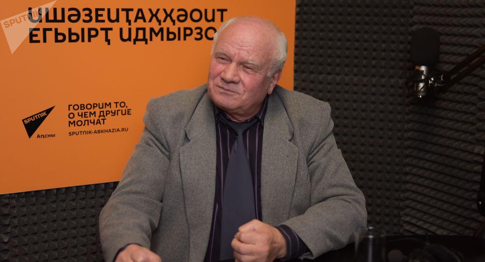 Даниил Убирия на радио Sputnik