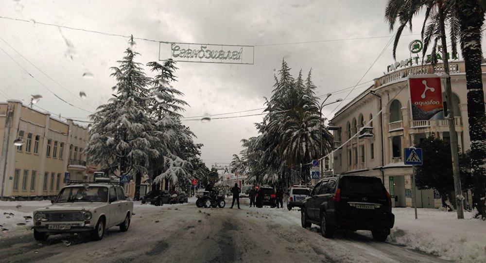 Снег в Сухуме