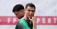 Игрок сборной Португалии по футболу Криштиану Роналду