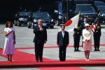 Президент США Дональд Трамп и новый император Японии Нарухито в Токио. 27 мая 2019