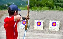 Соревнования по стрельбе из лука, которые проходили в рамках XV спартакиады среди школьников