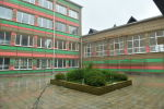 Школа в селе Лыхны