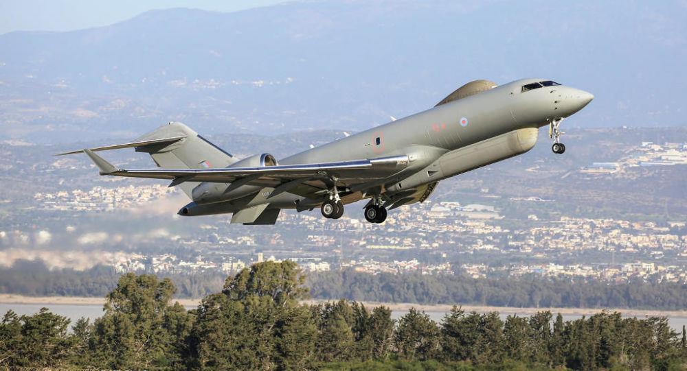 Самолет радиолокационной разведки ВВС Великобритании Bombardier Global Express Sentinel R.1
