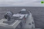 Запуск крылатых ракет Калибр с подлодки Колпино в Черном море