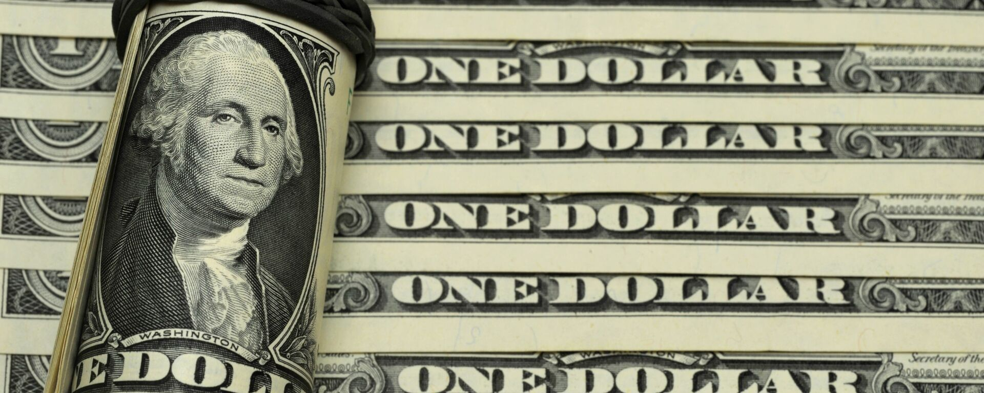 Банкноты номиналом 1 доллар США. - Sputnik Аҧсны, 1920, 31.05.2021
