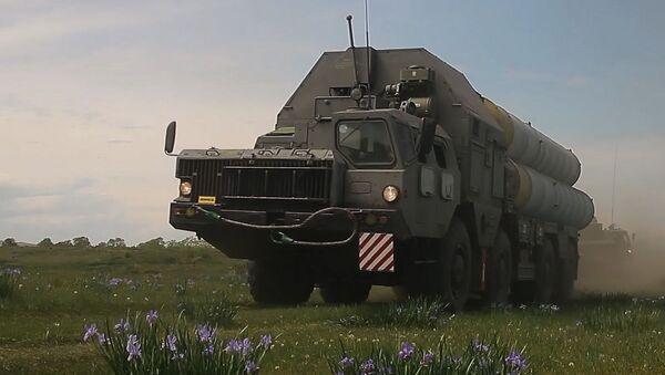 Расчеты ЗРК ЮВО на учении в Абхазии отразили ракетные и авиационные удары противника на отдаленных горных полигонах - Sputnik Аҧсны