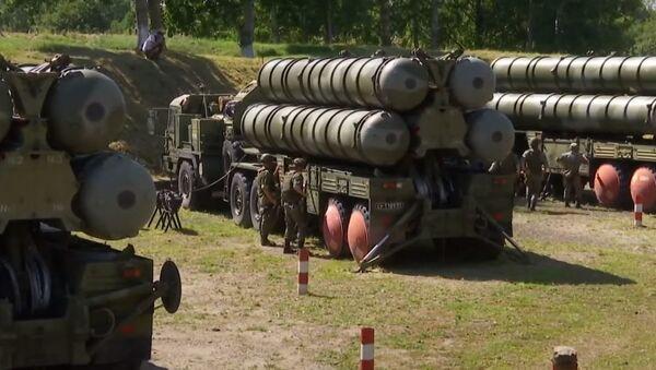 Калининград под куполом: расчеты С-400 ПВО Балтийского флота отразили авианалет условного противника - Sputnik Абхазия