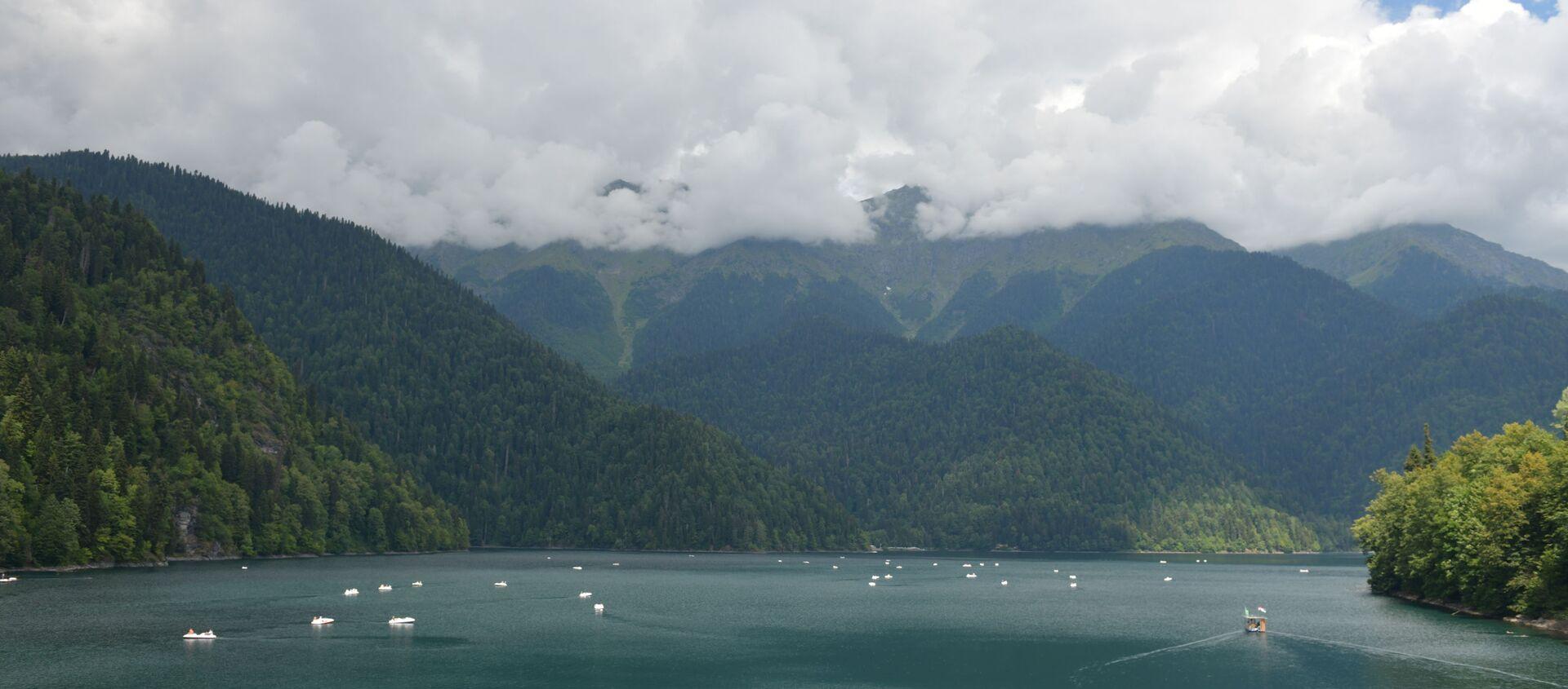 Озеро  Рица  - Sputnik Абхазия, 1920, 23.07.2021