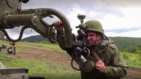 Артиллеристы ЮВО выполнили первые стрельбы из модернизированных РСЗО «Град» в горах Абхазии - Sputnik Аҧсны