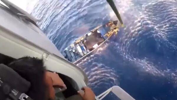 Погоня за кокаином: три тонны наркотиков изъяли с судна в Карибском море - Sputnik Абхазия