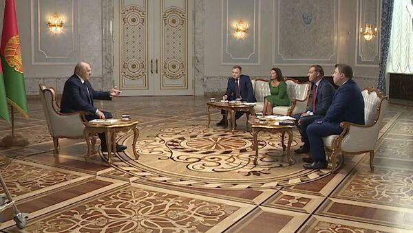 Лукашенко дал большое интервью российским журналистам - Sputnik Абхазия
