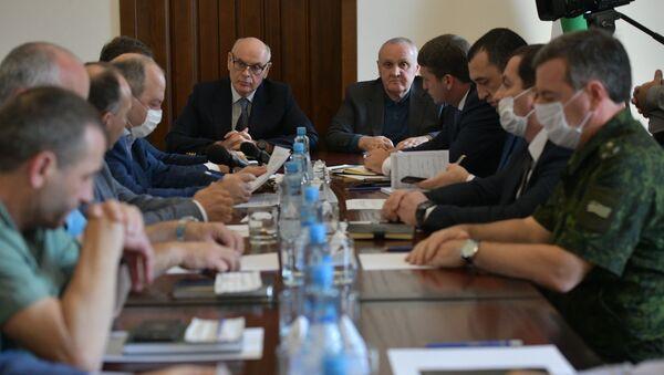 Заседание Координационного штаба по защите населения от коронавируса.  - Sputnik Аҧсны