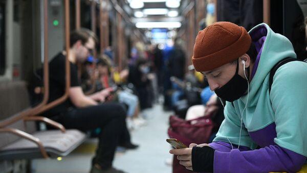 Поезд нового поколения Москва-2020  вышел на кольцевую линию метро - Sputnik Аҧсны