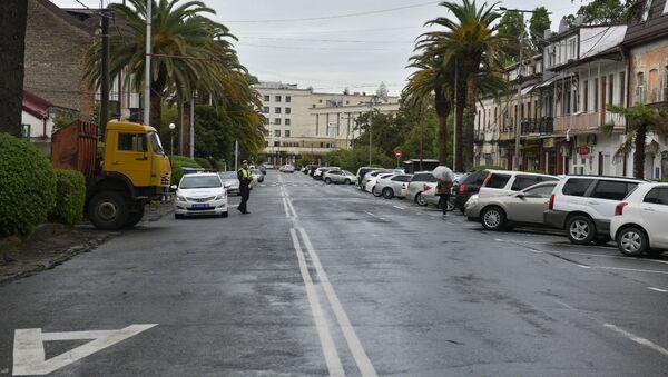 Улица Аидгылара в Сухуме - Sputnik Абхазия