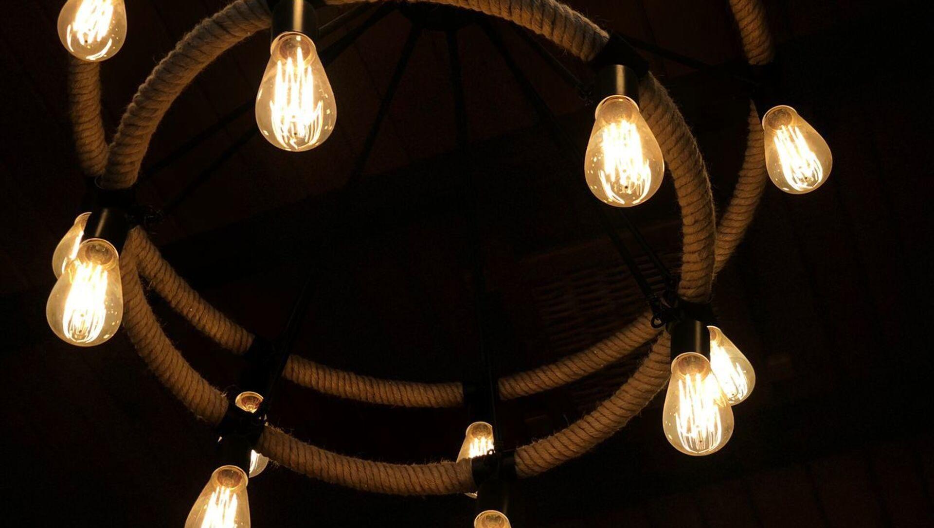 Лампочки  - Sputnik Аҧсны, 1920, 29.08.2021