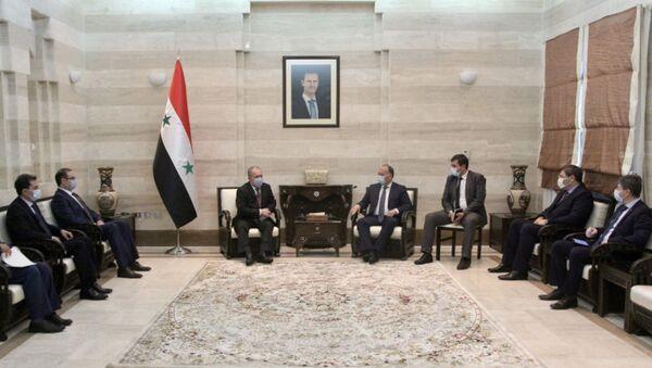 Министр иностранных дел Республики Абхазия Даур Кове встретился с Премьер-министром Сирийской Арабской Республики Хусейном Арнус - Sputnik Аҧсны