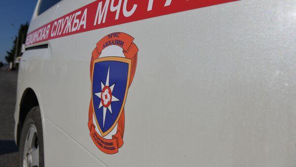 Машина скорой помощи  - Sputnik Абхазия