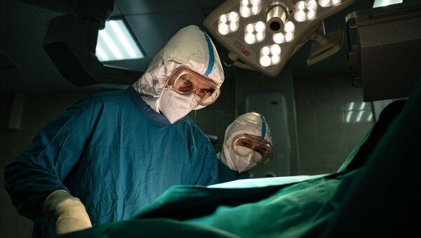 Госпиталь для больных COVID-19 в ГКБ № 15 имени О. М. Филатова - Sputnik Абхазия