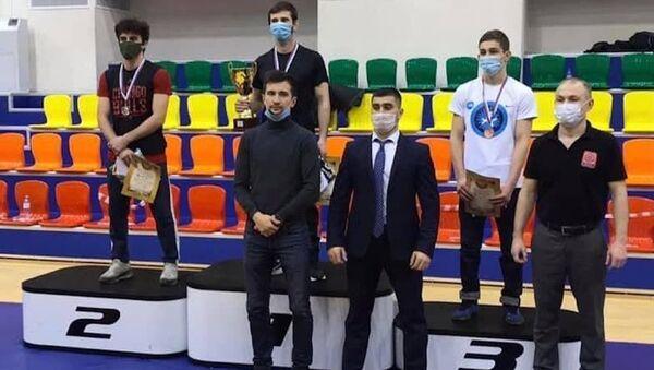 Борцы из Абхазии взяли золото и бронзу на соревнованиях в России - Sputnik Абхазия
