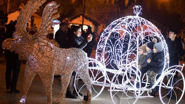 Новогоднее настроение в г. Сухум - Sputnik Абхазия