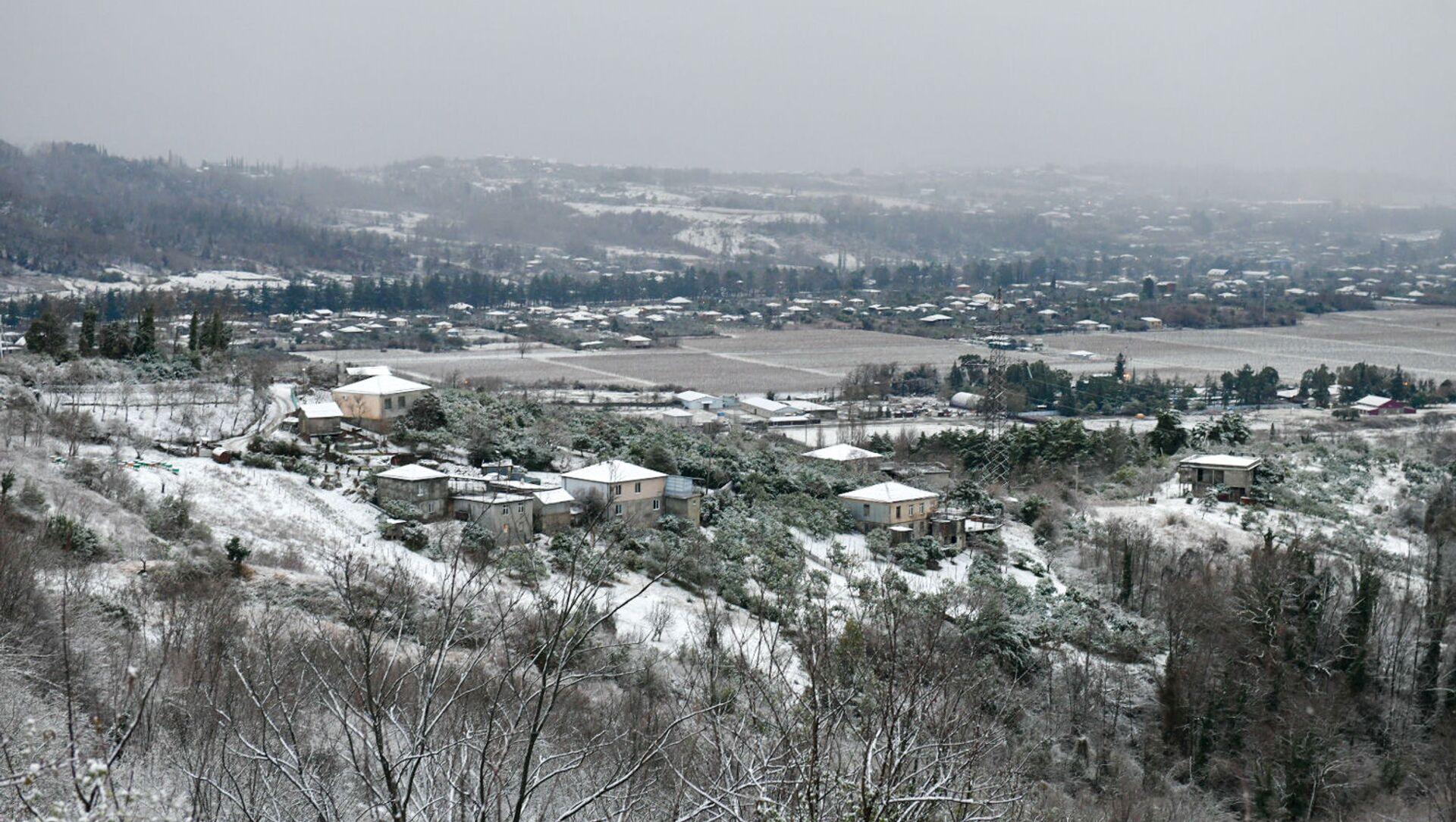 Первый снег в столице Абхазии  - Sputnik Аҧсны, 1920, 16.02.2021