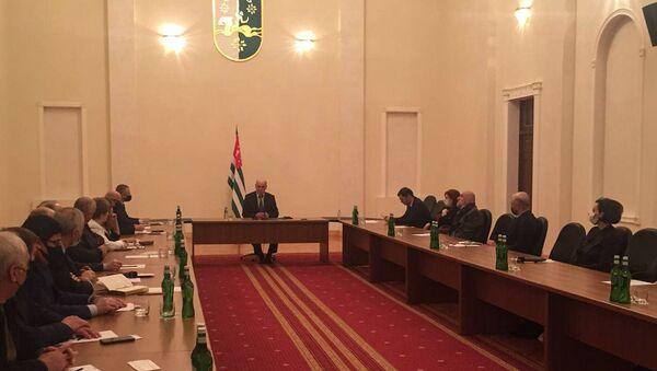 Встреча президента Абхазии с общественностью  - Sputnik Абхазия