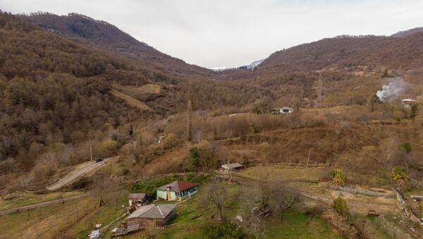 Обвал дороги в селе Бедиа ду Ткуарчалского района - Sputnik Абхазия