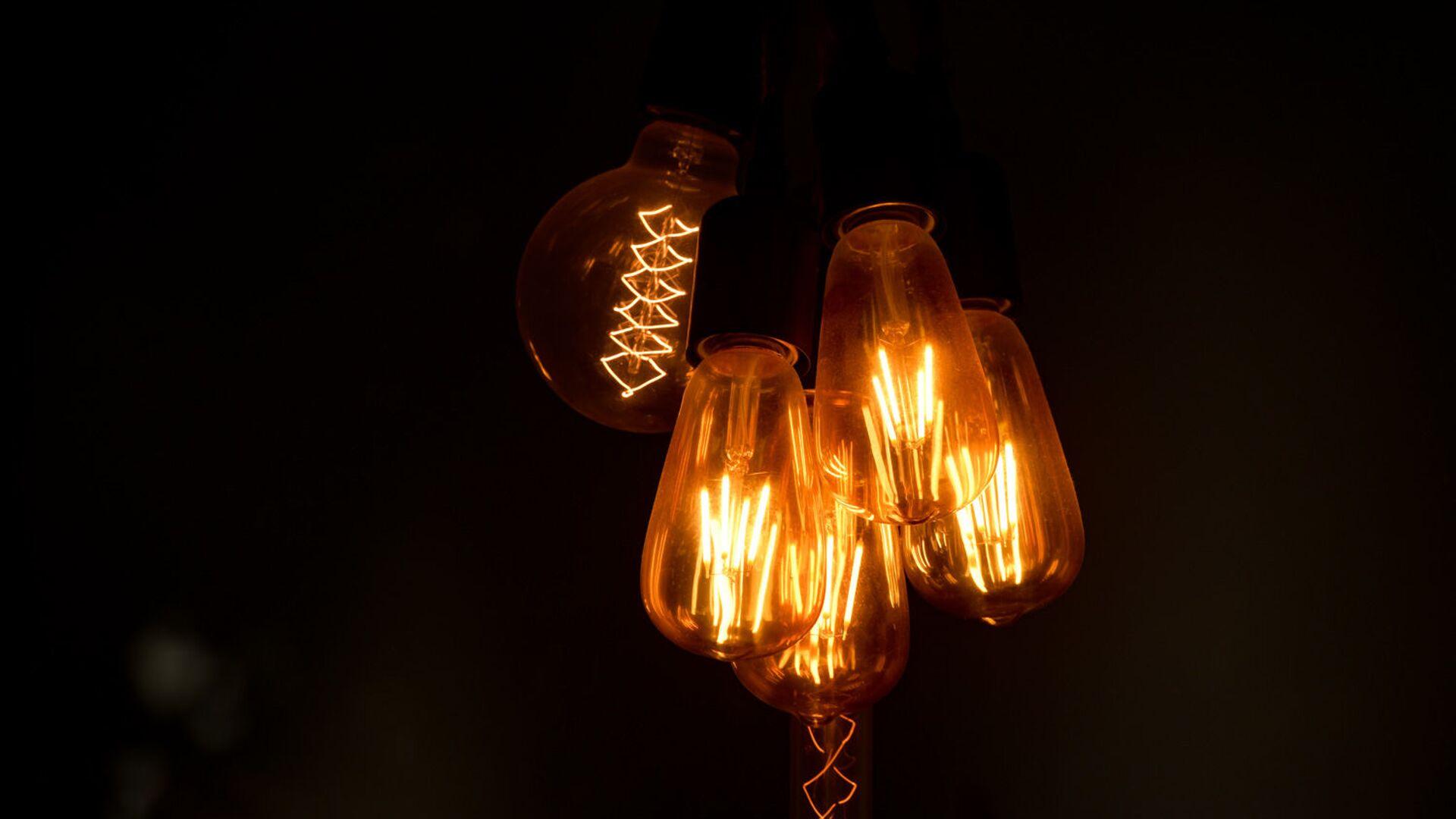 Лампочки  - Sputnik Аҧсны, 1920, 11.10.2021