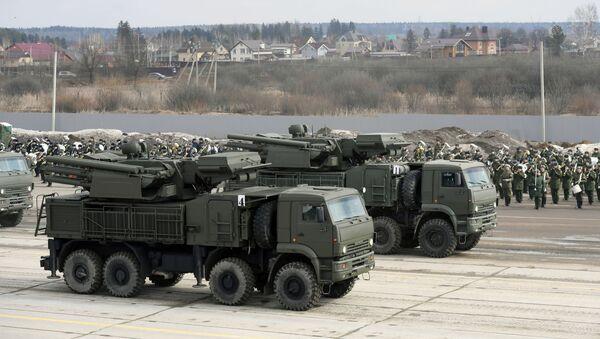 Совместная тренировка пеших парадных расчетов войск Московского гарнизона к военному параду - Sputnik Абхазия