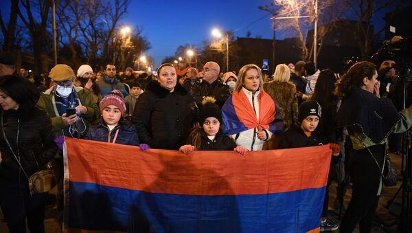 Акция протеста оппозиции в Ереване - Sputnik Абхазия