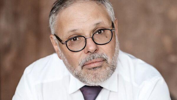 Михаил Хазин - Sputnik Абхазия
