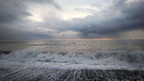 Шторм на море  - Sputnik Абхазия