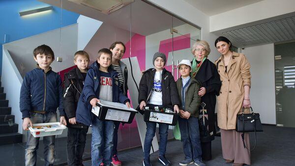 Воспитанники центра детского развития Исток - Sputnik Абхазия