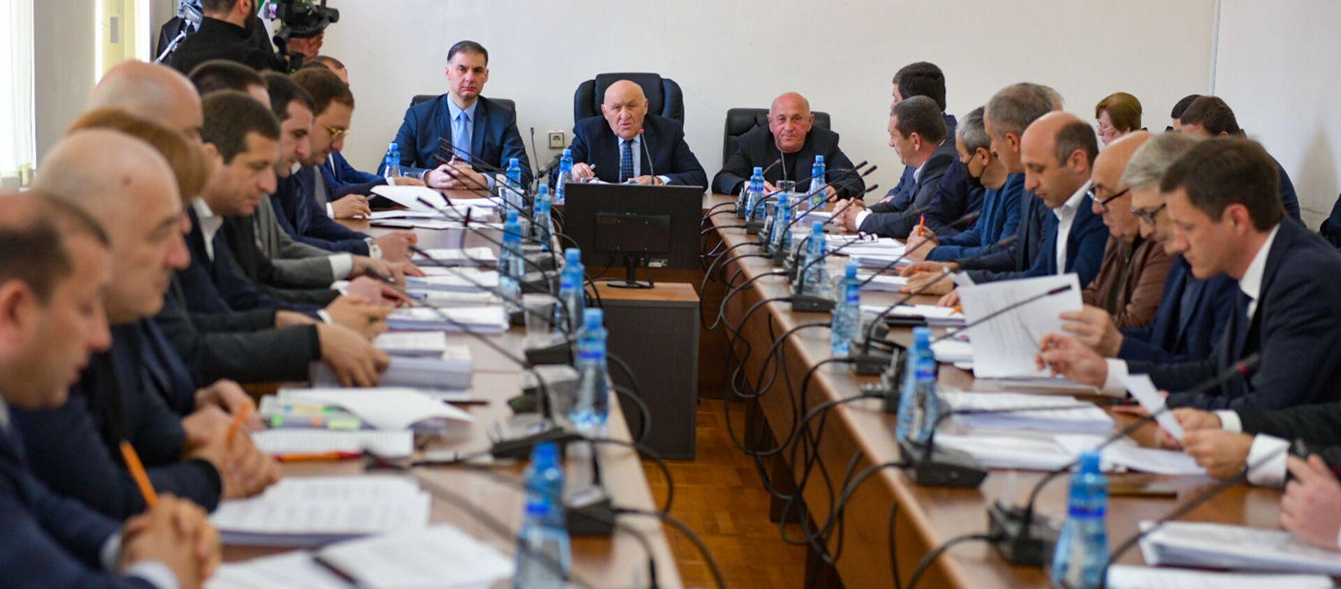 Заседание парламента Республики Абхазия  - Sputnik Абхазия, 1920, 31.03.2021