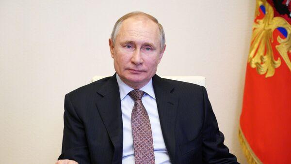 Президент РФ В. Путин принял участие в церемонии подписания соглашения между объединениями профсоюзов, работодателей и правительством РФ - Sputnik Абхазия
