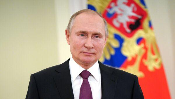 Президент РФ В. Путин выступил с обращением по случаю Дня войск национальной гвардии - Sputnik Аҧсны