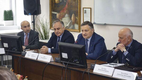 Итоги первого дня рабочего визита делегации Администрации г. Сухум в г. Чебоксары  - Sputnik Аҧсны