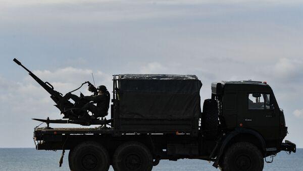 Тактические учения зенитного ракетного полка в Крыму - Sputnik Аҧсны