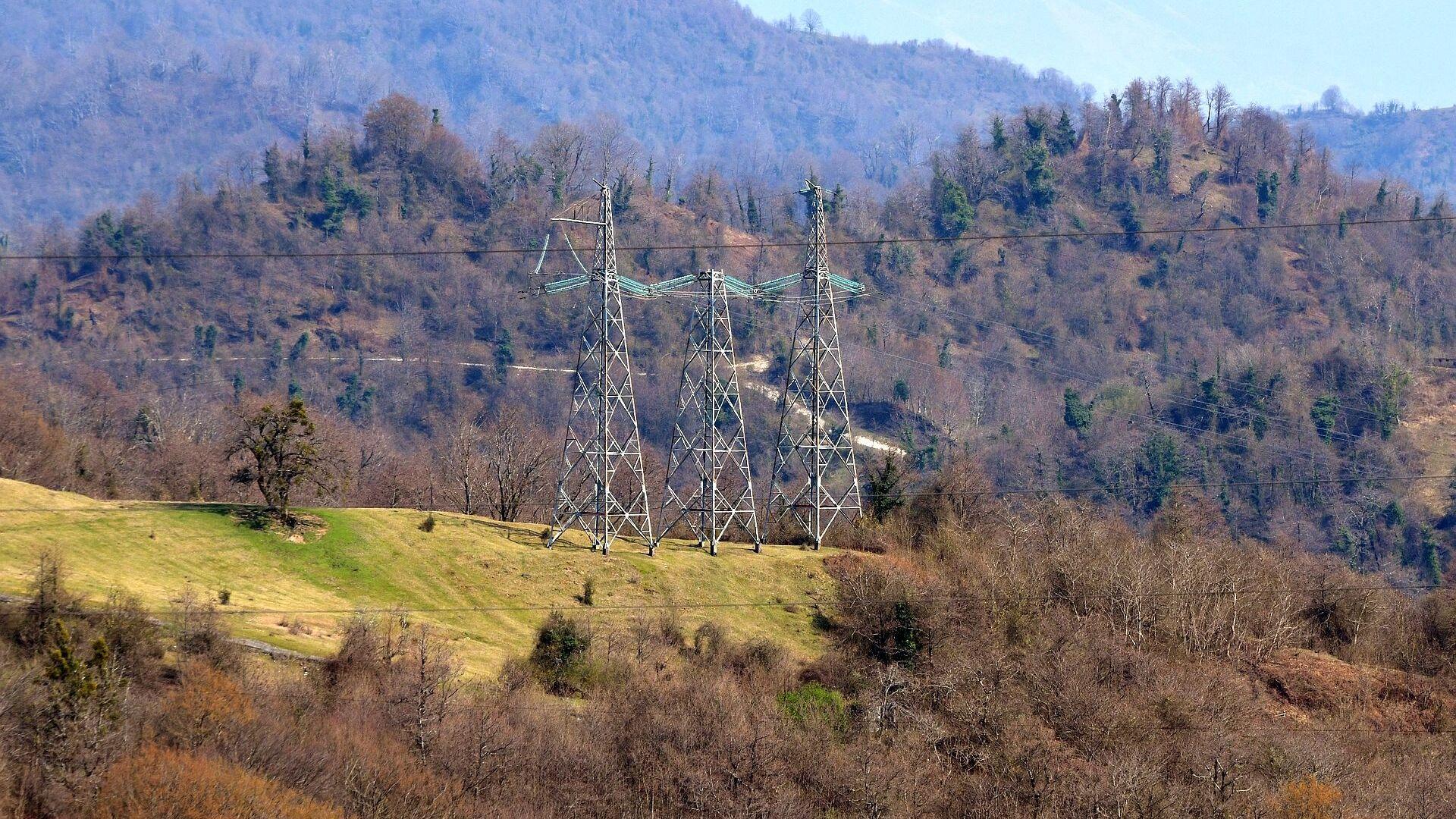 Линии проводов ВЛ - Sputnik Абхазия, 1920, 16.09.2021