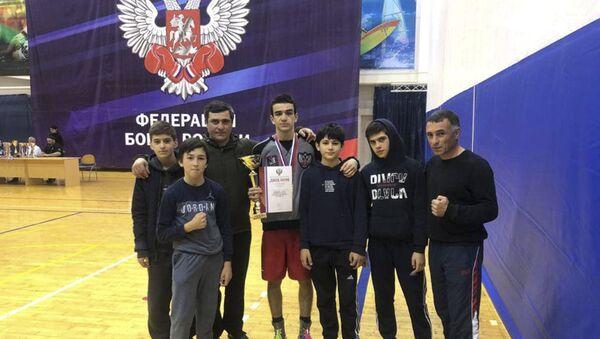 Пятнадцатилетний Саир Качарава из Абхазии победил в первенстве России по боксу среди юношей - Sputnik Абхазия