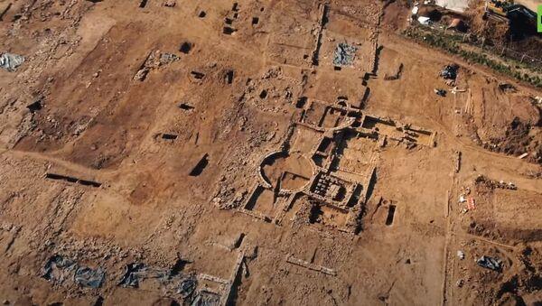 В Великобритании во время строительных работ обнаружили руины римской виллы - Sputnik Абхазия