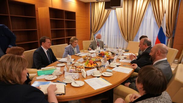 В Сочи прошло совещание с руководителем Федеральной службы по надзору в сфере защиты прав потребителей и благополучия человека - Sputnik Абхазия