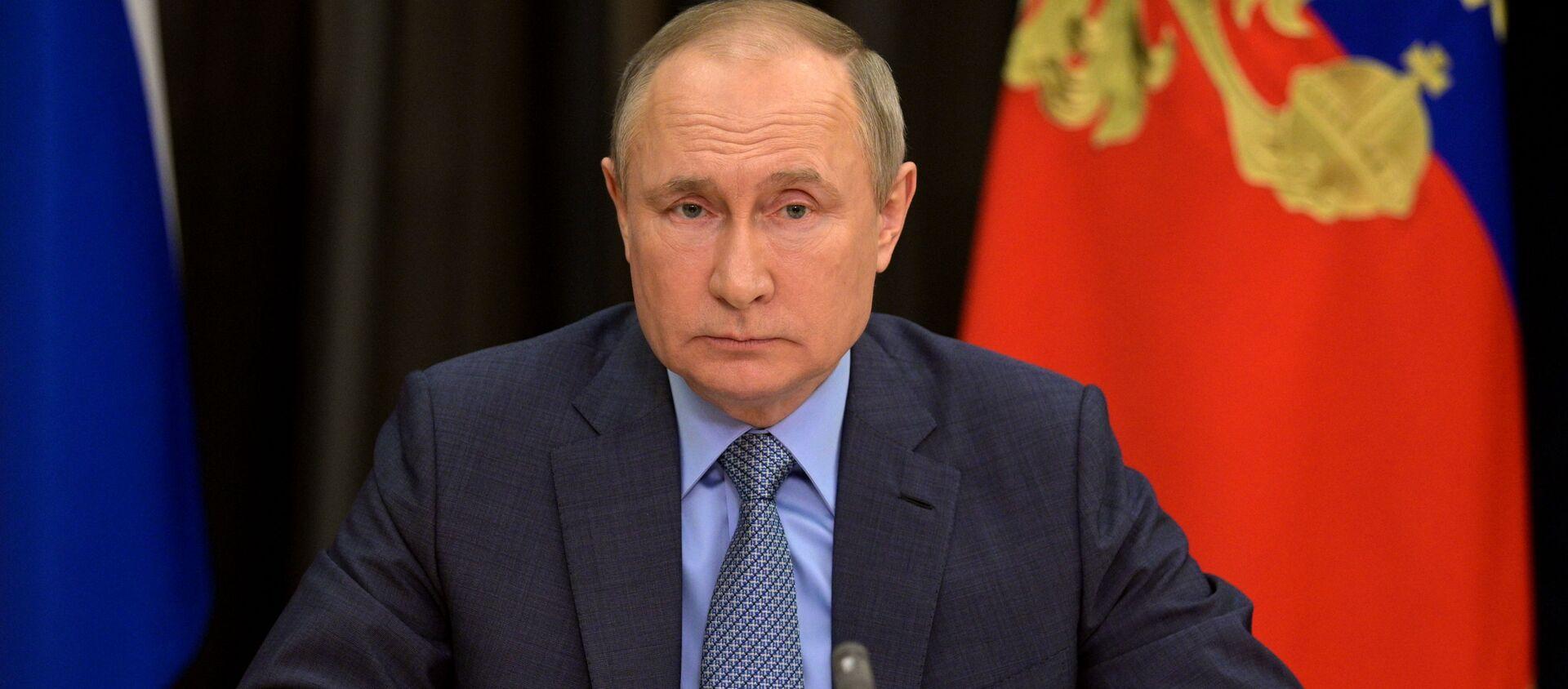 Президент РФ В. Путин провел встречу с вице-премьером РФ Т. Голиковой  - Sputnik Аҧсны, 1920, 07.06.2021