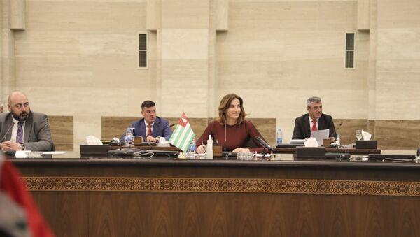 Кристина Озган подписала Соглашение о сотрудничестве между сирийскими и абхазскими портами - Sputnik Аҧсны