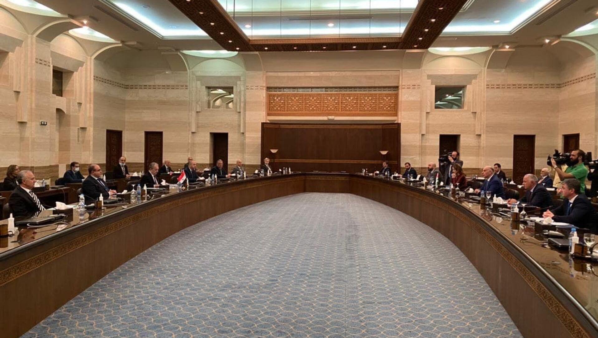 Кристина Озган подписала Соглашение о сотрудничестве между сирийскими и абхазскими портами - Sputnik Аҧсны, 1920, 18.05.2021