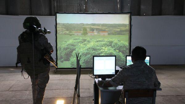 Военнослужащие российской военной базы Южного военного округа (ЮВО) в Абхазии с начала летнего периода обучения проведут свыше 500 часов интенсивных тренировок на современных компьютеризированных тренажерах. - Sputnik Аҧсны