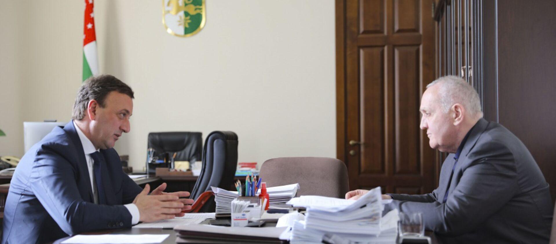 Глава Минфина Абхазии подвел итоги работы за пять месяцев - Sputnik Абхазия, 1920, 03.06.2021